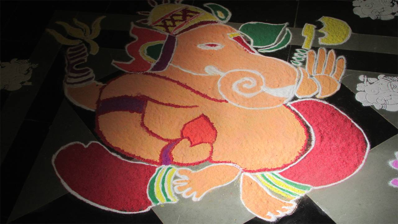 Simple Rangoli Pics For Diwali