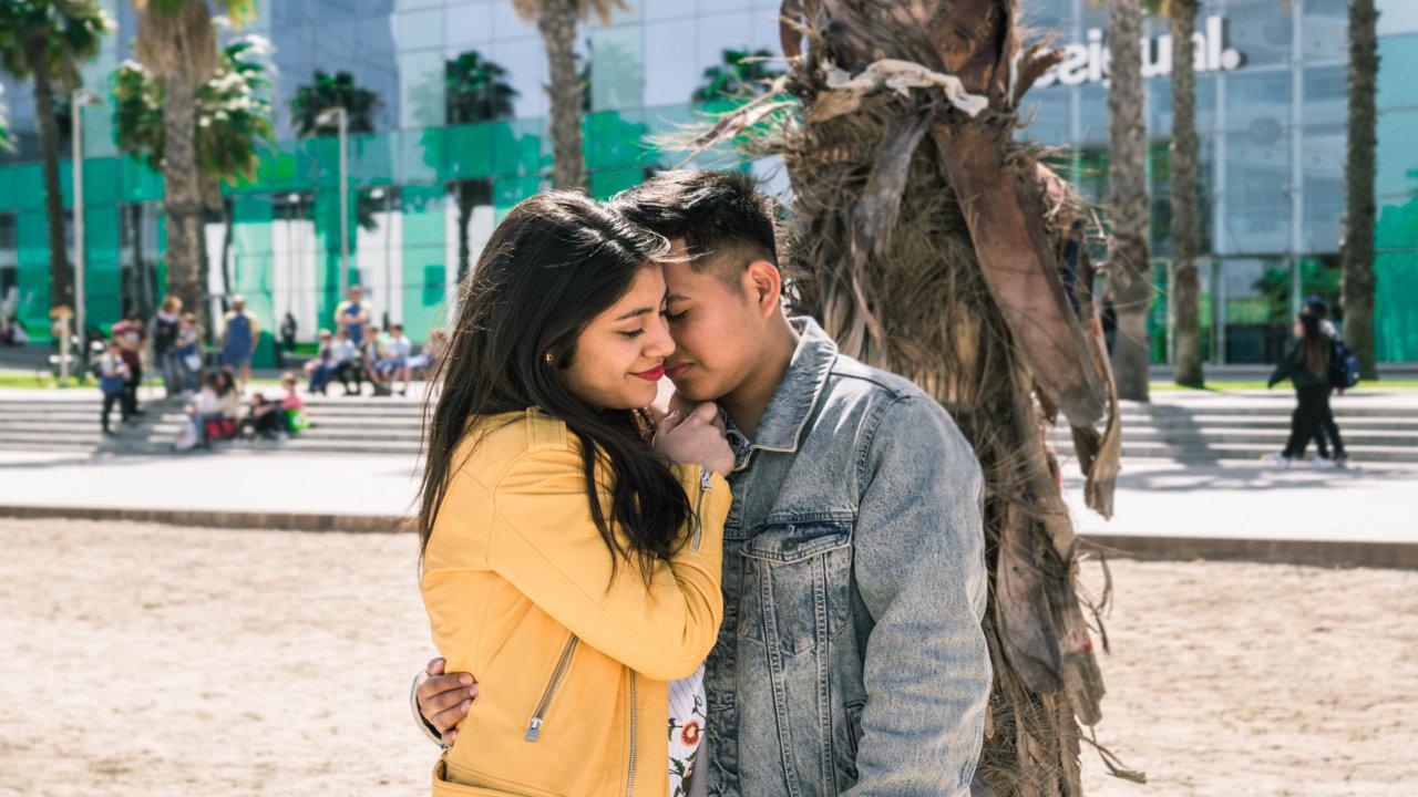 Happy Kiss Day Shayari In English
